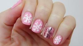 Снежинки по ноктите