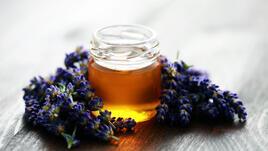 Лепкав кулинарен експеримент с мед и...