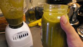 Зелена сила и свежест в чаша