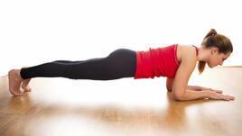 Сутрешна йога тренировка за изгаряне на мазнини