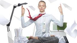 5 йога пози подходящи за работното ви място