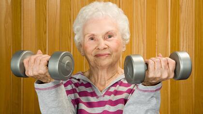 100 години фитнес в 100 секунди (Видео)