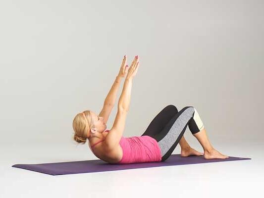 4 упражнения за тънка талия и плосък корем