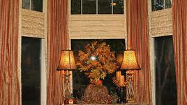 Красива есенна украса за стените