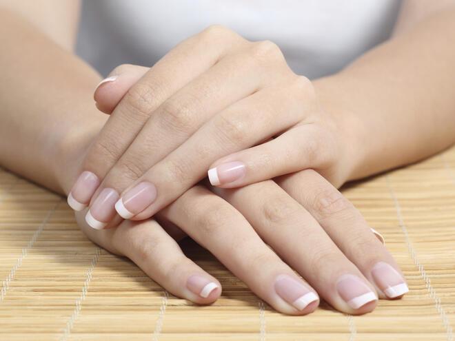 Погрижете се за кожата на ръцете