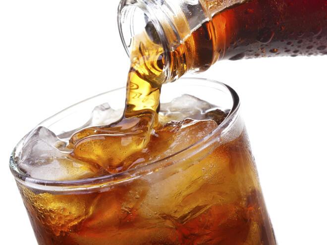 Диетичните безалкохолни напитки рушат зъбите ви