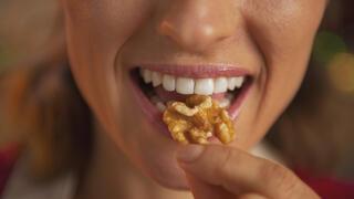 5 причини да изяждате по шепа орехи на ден