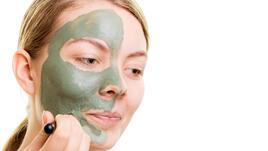 Маска за лице със зелена глина