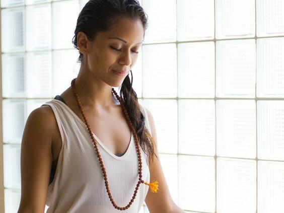 Йога за разтоварване от стреса