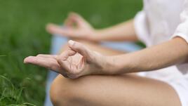 108-годишен йога учител дава съвети за дълголетие