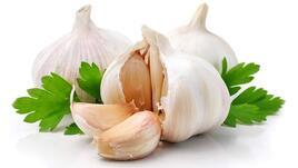 Яденето на суров чесън всеки ден, намалява риска от ...