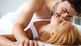 8 секс лъжи, които жените казват на половинките си