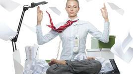 Лесни йога пози на работното място