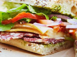 3 храни, които да избягваме на обяд