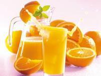 Лют портокалов сок за болно гърло