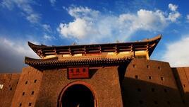 Пустинният оазис Дунхуан