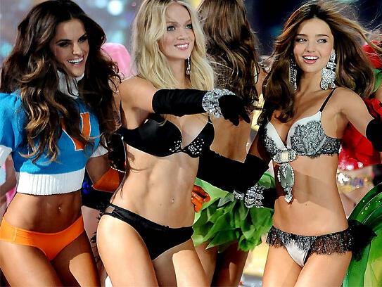 Тренировка за корем от Ангелите на Victoria's Secret