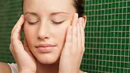 Отпускащ масаж за лице