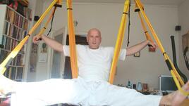 Въздушна йога с: Люси